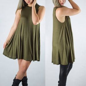 Dresses & Skirts - Green Flowy Aline Tank Dress